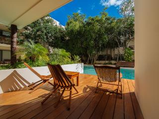 PRANA 106, CONDO DIRECTLY TO THE HUGE POOL, Tulum