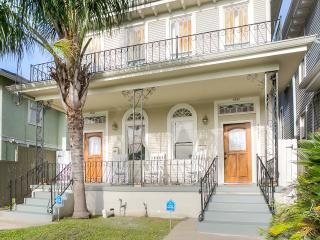 Pretty 3 bed 2 bath house near streetcar, New Orleans