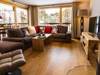 Chalet Les Rahâs 3 bedroom Apartment, Grimentz