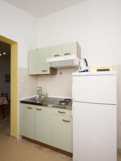 A6(4): kitchen