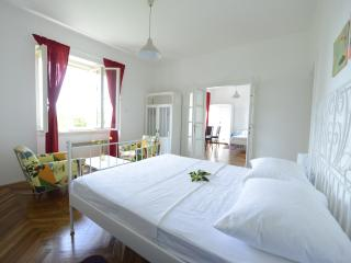 Lemonhouse apartment with charming garden, Dubrovnik