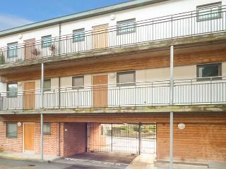 4 CHINA COURT, close to coast, off road parking, en-suite, St. Austell, Ref 15265, St Austell