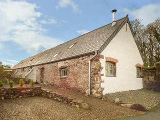 WAGTAIL COTTAGE, barn conversion, country location, underfloor heating
