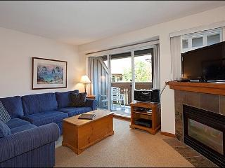 Close to the Marketplace Mall - Common Area Outdoor Pool & Hot Tub (4060), Whistler