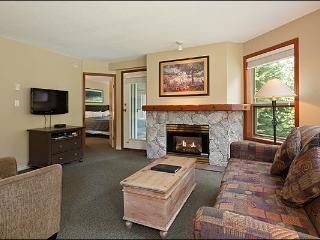 Highly Desirable Location  - Year Round On-Site Outdoor Pool & Hot Tub (4074), Whistler