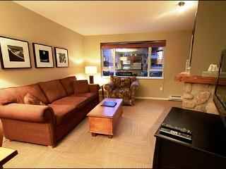Short Walk to Charming Mountain Gondolas - Common Area Indoor Hot Tub & Fitness Center (4083), Whistler