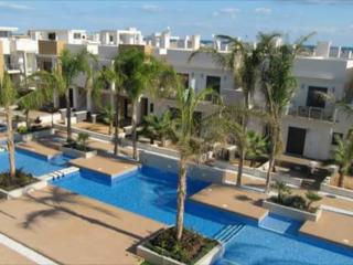 Urb. Zenia Beach - Modern luxurious town house., La Zenia