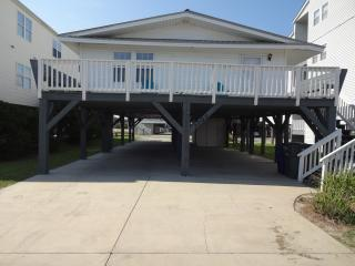 Beautiful Second Row Raised Beach Home, North Myrtle Beach