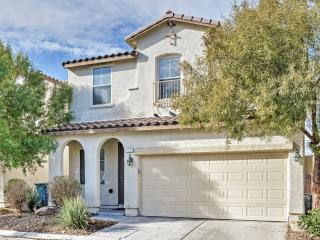 4BR Las Vegas House w/Private Patio!