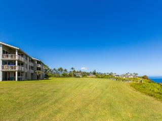 Fantastic Huge 4 bedroom 4 bath  Condo right on the Bluff and Ocean, Princeville