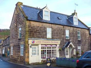BRIDGE VIEW HOUSE, apartment set over first and second floors, WiFi, close to amenities, in Rothbury, Ref 931063
