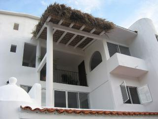 Beautiful 'la Vivienda' Villa - 4 Bedroom House, Huatulco