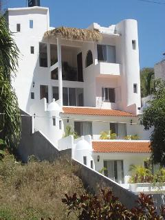 lovely La Vivienda with vacation rental on top - appartments on bottom not for rent