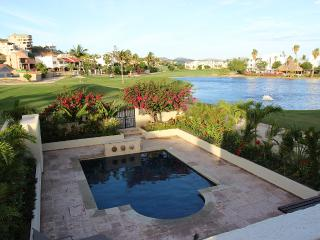 Casa Indya 3bdr with Pool on the Golf Course, San Jose del Cabo