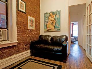 Cool 2-Bedroom Apartment in trendy Chelsea, Nova York