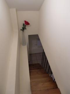 Escaleras para ir a la habitación 2
