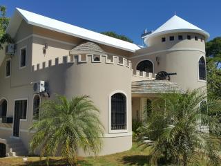Castle villa, Sosua