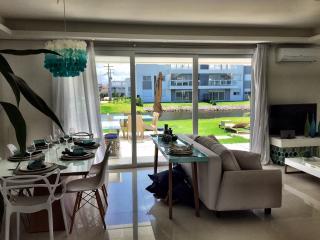 Casa linda em condomínio com estrutura de resort, Xangri-La