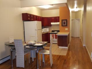 A beautiful 2bedroom 2barth with private back yard, Brooklyn