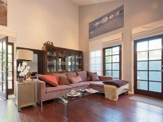 Beautiful high ceiling lge mod clean bright new hm, Marina del Rey