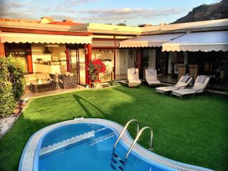 Anfi Tauro Villa with Jacuzzi Private Garden and Heated Pool. Stunning sea views, La Playa de Tauro