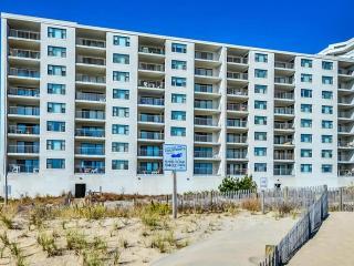 Family Friendly Direct Oceanfront 3 Bedroom Condo, Ocean City