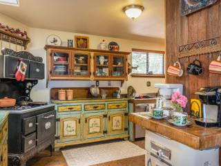 Victorian Farmhouse With Western Memorabilia, Arroyo Grande