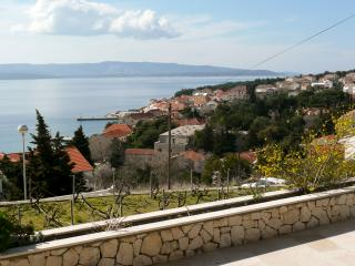 Seaview house, 4 bedrooms, 3 baths, stunning view!