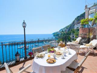 2 bedroom Villa in Amalfi, Campania, Italy : ref 5047680