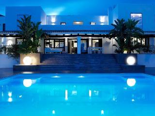 Luxury Designer Villa only 4km from Ibiza, Sant Josep de Sa Talaia