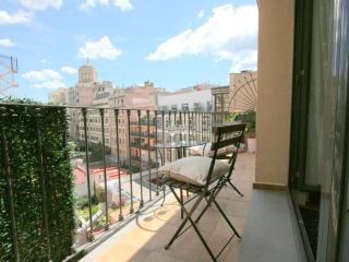 2 br apartment Plaza Catalunya