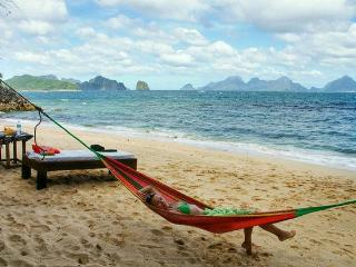 The Alternative Beach Cottages, El Nido