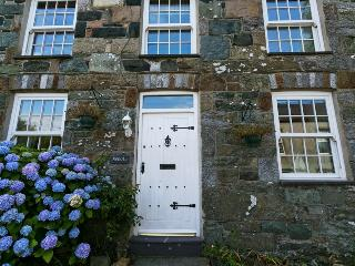 Menai Cottage Anglesey -  near Church Bay, Rhydwyn
