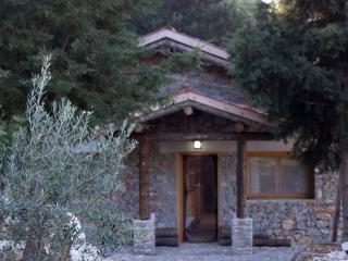 Wolf Trail Cottage, Bayir Village