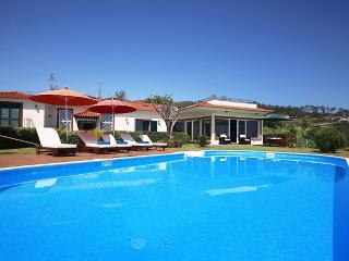 Theo's Villa, Faja da Ovelha