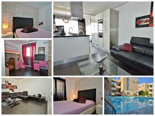 3 Bedroom Maisonette with Communal Pool Qawra, St. Paul's Bay
