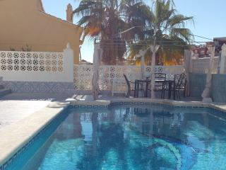Casa Blanca - Three bed villa with private pool