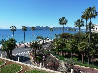 Rocamare - 821, Cannes
