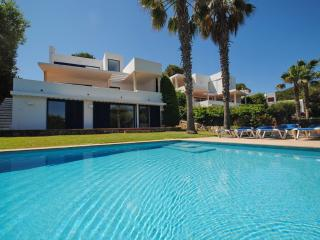 Front line villa with stunning views and pool, Cala d'Or