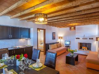 Luxury Maisonette at Monastiri, Varos