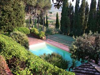 Historic family property very close to Cortona