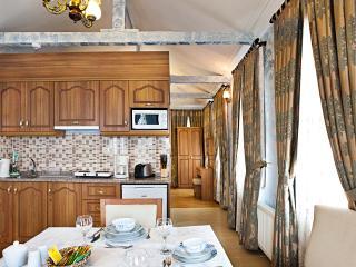 Sultanahmet - Istanbul, Deluxe 4 BR Villa