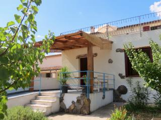 holiday flat on a hill with 4 bedrooms Sardinia