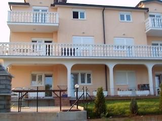 Villa Rosa D8+2, Umag