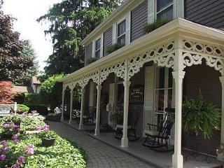 Historic Davy House B & B INN, Niagara-on-the-Lake