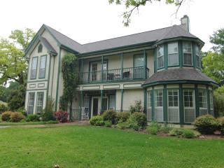 Retreat Venue, Family Vacation, Group Accomodation