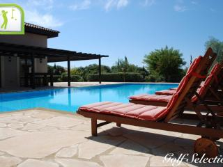 "Villa Delphine ""Aphrodite Hills Premier Resort"""