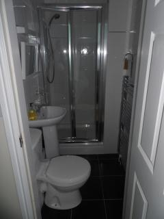 Second ensuite