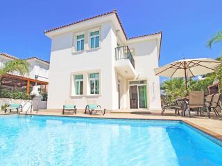 Villa ARMOSTIA