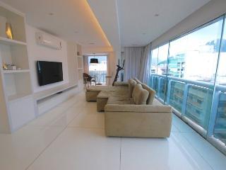 Triplex 3 quartos 3 casa de banho luxuosa Penthouse apt em Ipanema - melhor localização!, Rio de Janeiro